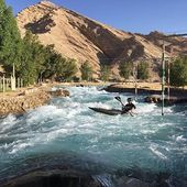 Winter preparation begins for the canoe slalom athletes in the UAE. We are not at all jealous. . . . #inwaterwelive #weareoutthere #whitewater #uae #wintertraining #kayaklife #athletelife #tunaleavesforsouth