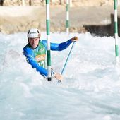 Tomas Rak in Al Ain, UAE. 📷@alena_ceplova . . . . . #inwaterwelive #uae #winterpreparation #weareoutthere #canoeslalom #planetcanoe #icfcanoe