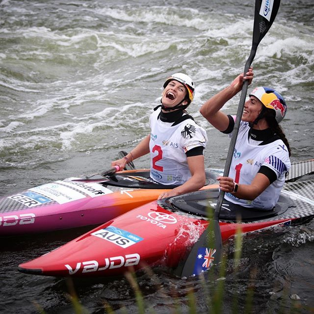 Today we salute those who make everyday sacrifices to become the best yet never loose sight of what really matters ⚔️✌️❤️ . . . . . . 📸@emca72  #inwaterwelive #hikoteam #canoeslalom #planetcanoe #weareoutthere