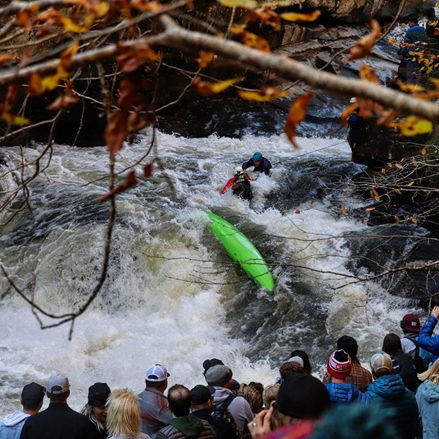 """Green Race 2019 first impressions: Much respect to all the racers but the safety??? Never seen anything like it! What a performance!👏👏👏""""Catch of the Green"""" should be just its own category! #nfl #widereceiver #inwaterwelivethankstothesafety . . . . . . #greenrace2019 #greenrace #safety #whitewaterkayaking #greenriver #kayaking #extremerace"""