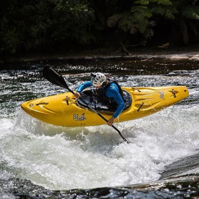 George Snook and his new single - Yellow Zeppelin - now live on Kaituna. . . . . . #inwaterwelive #abovelivesgeorge #weareoutthere #kaitunariver #newzealand #kayaking #wakasteeze #whitewater